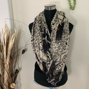 Roots Boho Reversible Scarf